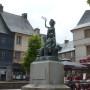 Monument à Ernest Renan - Place du Martray - Tréguier - Image2
