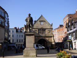 Monument à Robert Clive – Shrewsbury (Angleterre)