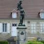 Monument à Jeanne d'Arc - Saint-Pierre-le-Moûtier - Image1