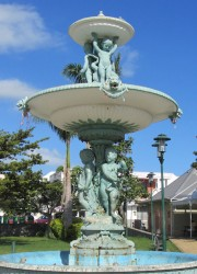 Fontaine du jardin de la Mairie – Saint-Louis de la Réunion